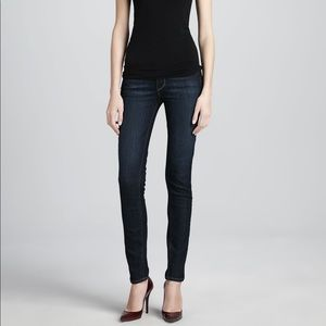Paige Skyline Skinny Jeans In Carson